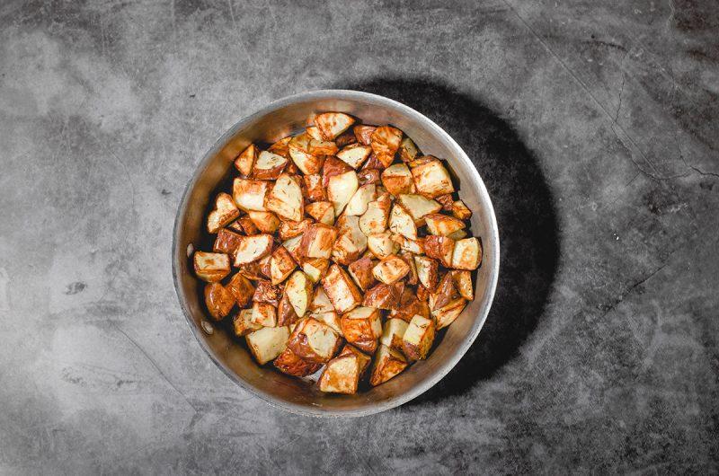 Crispy Garlic Air Fryer Potatoes