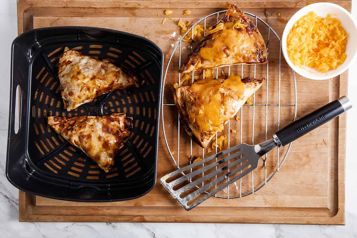 Air Fryer BBQ Chicken Meat Pies