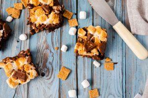 Air fryer smores brownies